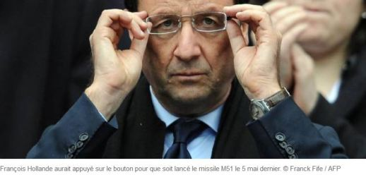 Hollande m51 bouton rouge