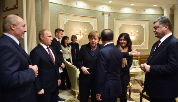 Minsk 2.0 touche pause avant replay