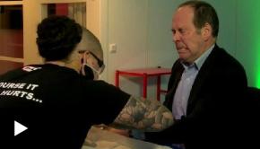 Une société suédoise implante des puces RFID sous la peau de ses salariés
