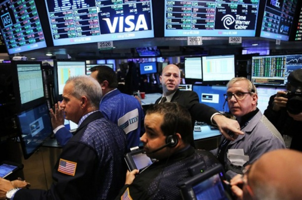 1 000 milliards de dollars _ distribution record à Wall Street - Politis