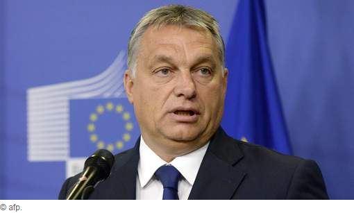 L'Europe a été _trahie_ par une _conspiration_de-financiers_et-dirigeants_non_elus