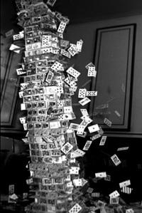chateau-cartes-effondrement