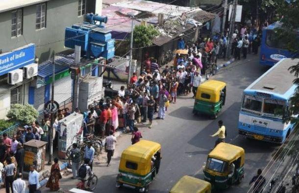 inde-demonetisation-billets-panique-bancaire